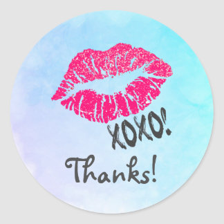 Sticker Rond Lèvres roses sexy de Kissy avec le xoxo ! Merci