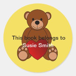 """Sticker Rond L'ours de nounours """"ce livre appartient"""" à"""