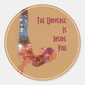 Sticker Rond L'univers est à l'intérieur de vous