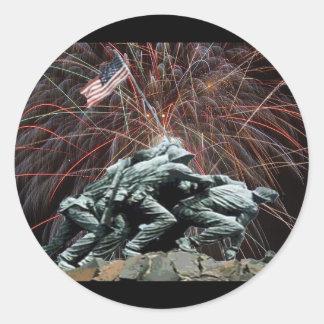 Sticker Rond Mémorial de guerre de Corp. marine avec des feux