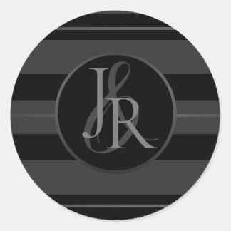 Sticker Rond Monogramme facultatif de smoking d'étain noir de