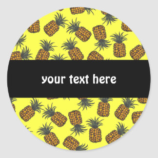 Sticker Rond motif tropical peint à la main coloré d'ananas
