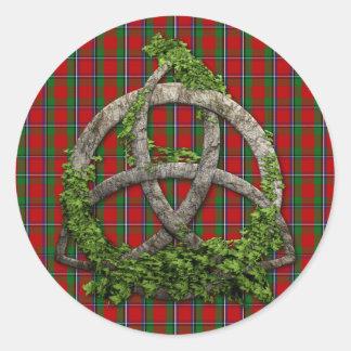 Sticker Rond Noeud de trinité et tartan celtiques de Sinclair