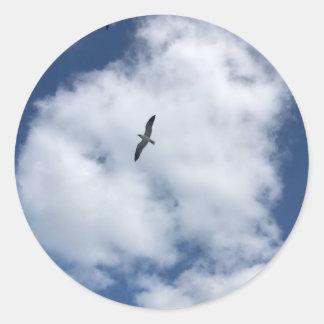 Sticker Rond Oiseaux en nuages