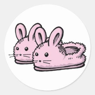 Sticker Rond Pantoufles mignonnes et confortables de lapin de