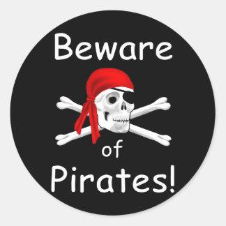 Sticker Rond Prenez garde de l'autocollant de pirates