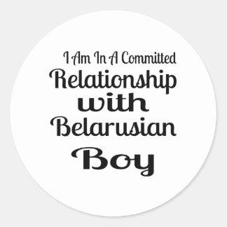 Sticker Rond Rapport avec le garçon biélorusse