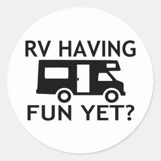 Sticker Rond Rv ayant l'amusement pourtant le jeu de mots drôle