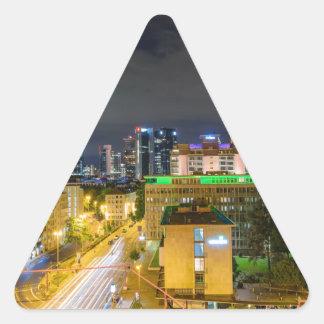 Sticker Triangulaire Horizon de Francfort la nuit