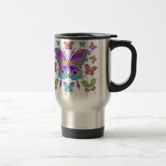 Style coloré de tatouage de papillon mug de voyage