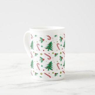 Sucres de canne, gui, et arbres de Noël Mug