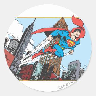 Superman et gratte-ciel sticker rond