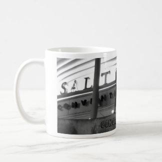Surfer concret mug