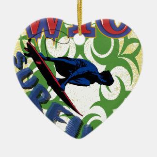 Surfer tribal ornement cœur en céramique