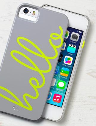 Blader door onze iPhone Hoesjes Collectie en personaliseer met kleur, design of stijl.