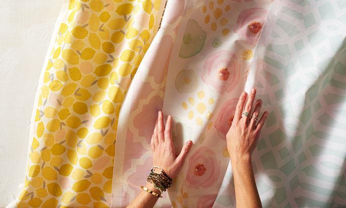 Des milliers de designs sur tissu sur Zazzle