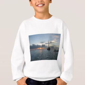 Sweatshirt Aruba avec le bateau et le coucher du soleil