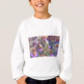 Sweatshirt Mante attaquante et fleurs pourpres de cône