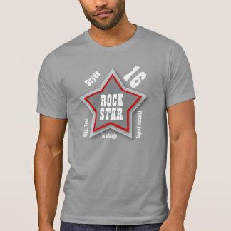 T-shirt 16ème Anniversaire ou tout GRIS de la vedette du