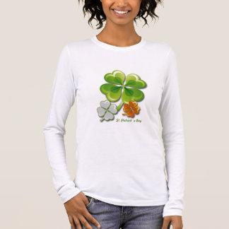 T-shirt À Manches Longues Charmes chanceux. Chemises du jour de St Patrick