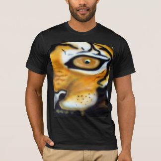 T-shirt aerographe de tigre