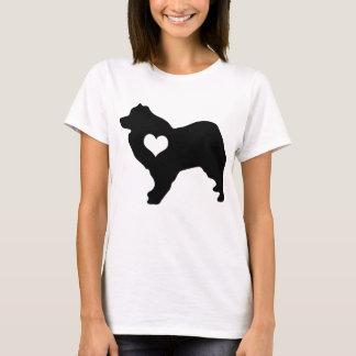 T-shirt américain de coeur de chien esquimau