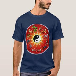T-shirt Animal chinois de zodiaque dans les contours noirs