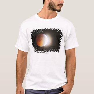 T-shirt Approching toute l'éclipse de la lune