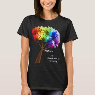 T-shirt Arbre de puzzle d'arc-en-ciel de sensibilisation