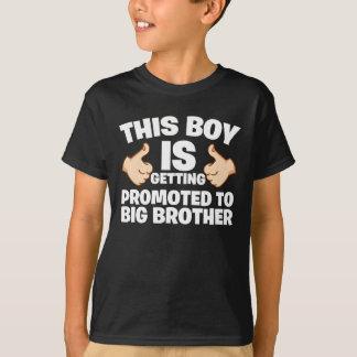 T-shirt Badine ce garçon obtient a favorisé au frère