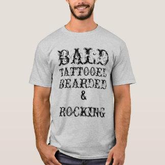 """"""" T-shirt barbu et basculant tatoué """"chauve"""