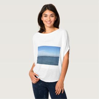 T-shirt Beau dessus d'image de bord de mer pour des femmes