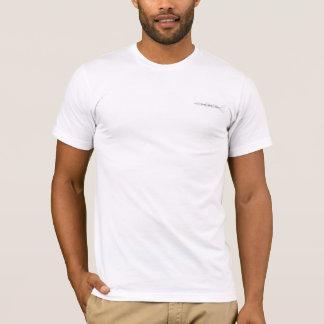 T-shirt blanc avec le logo de studio de trou noir