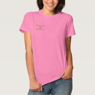 T-shirt Brodé Chemise brodée par grand-mère de première classe
