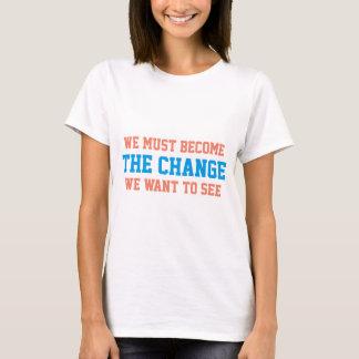 T-shirt C H un changement de N G E par Mahatma Gandhi