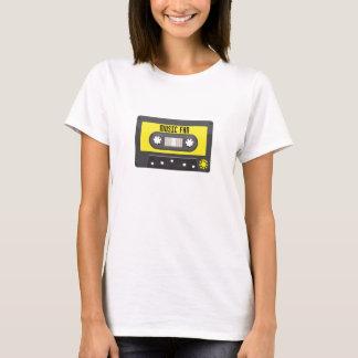 T-shirt cassette de fan de musique avec la chemise de