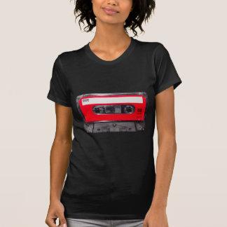 T-shirt cassette rouge d'étiquette des années 80