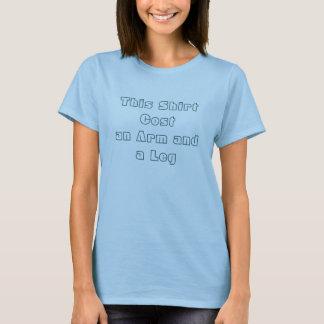 T-shirt Ce bras de Costan de chemise et une jambe