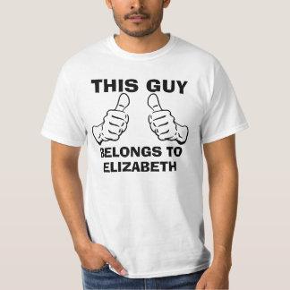 T-shirt Ce type appartient pour écrire le nom pour