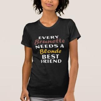 T-shirt Chaque brune a besoin d'un meilleur ami blond