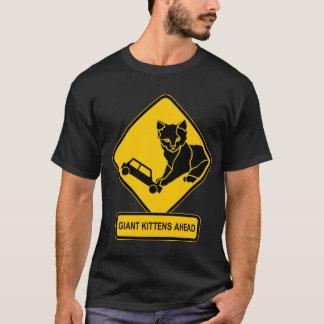 T-shirt Chatons géants en avant