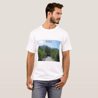 T-shirt Chemin pittoresque de nature de l'Alaska