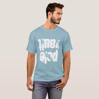 T-shirt chemise de chambre forte de poteau