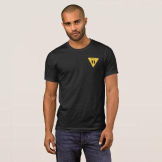 T-shirt Chemise d'insigne de no. 11