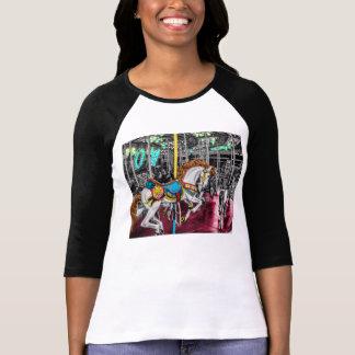 T-shirt Cheval coloré de carrousel au carnaval