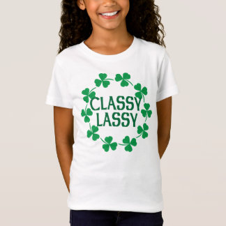 T-shirt chic de shamrocks de Lassy