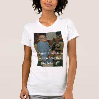 T-shirt Chris dans le vêtement d'ours