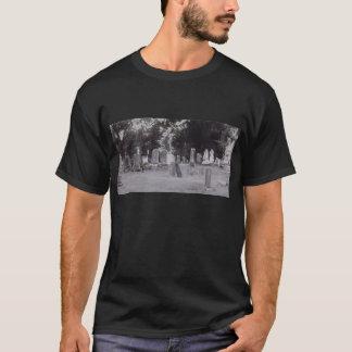 T-shirt Cimetière de penchement de pierres