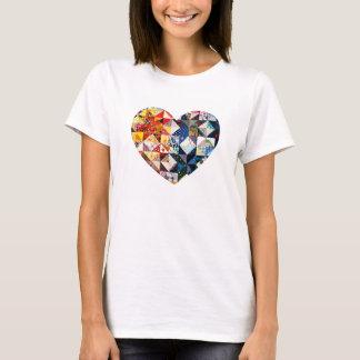 T-shirt Coeur coloré d'édredon de patchwork