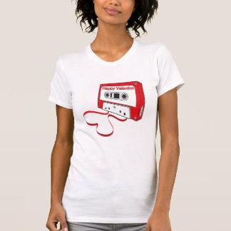 T-shirt coeur de forme d'enregistreur à cassettes pour